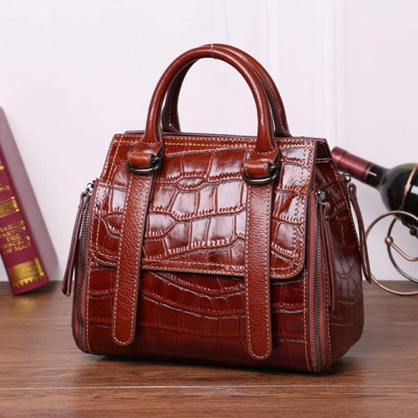Women leather handbag, crystal suede retro wind shoulder slung handbag. S5-533-wine red