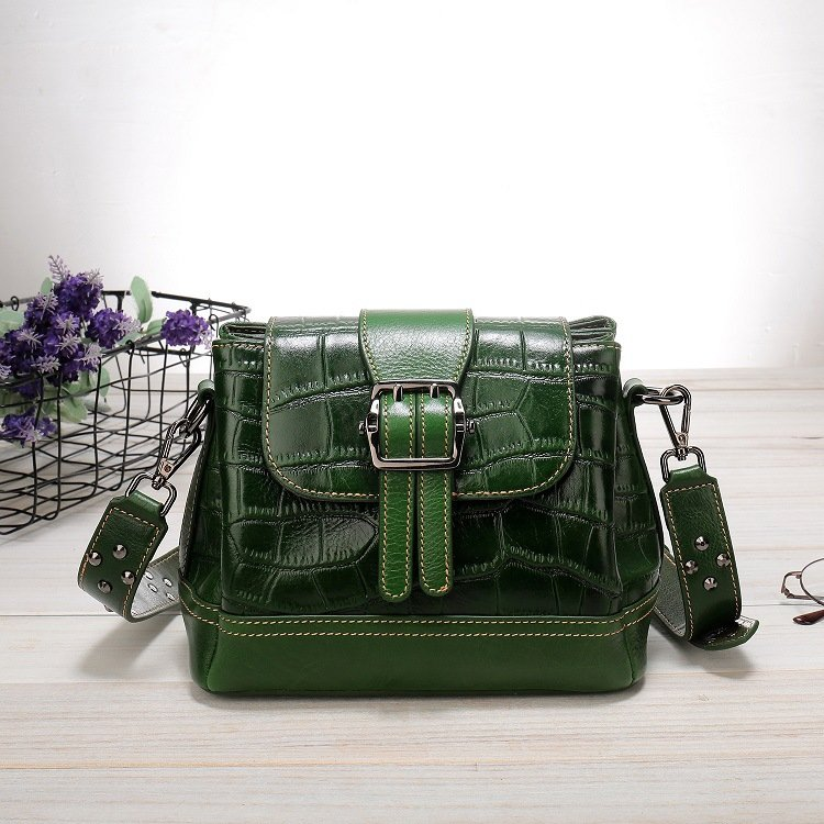 Women's leather handbag, cowhide fashion trend messenger bag. A649 dark green